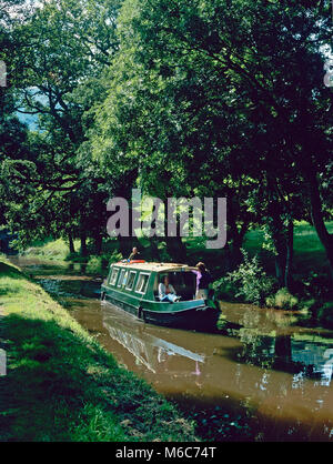 On the Monmouthshire and Brecon Canal, near Pencelli, SE of Brecon, Powys - Stock Photo
