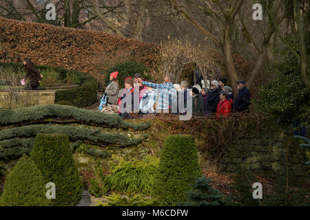 Visitors to York Gate Garden, Adel, Leeds - Stock Photo