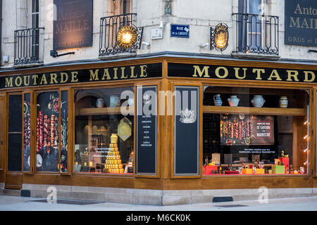 Moutarde Maille shop Dijon Cote-d'Or  Bourgogne-Franche-Comté France - Stock Photo