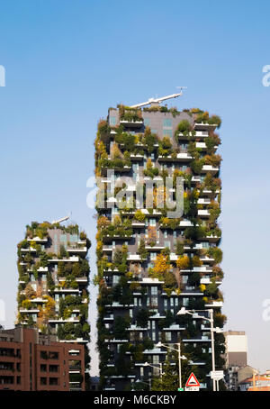 Bosco Verticale (Vertical Forest), award-winning residential towers in the Porta Nuova district of Milan, Italy. - Stock Photo
