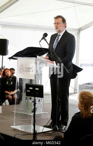 Granadilla, Spain. 02nd Mar, 2018. Spanish Prime Minister Mariano Rajoy delivers a speech during the inauguration - Stock Photo