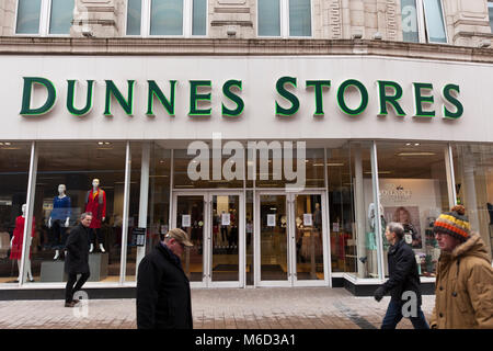 Belfast City Centre, Northern Ireland. 2nd March 2018.  Due to the Ongoing weather situation All Dunnes Stores in - Stock Photo