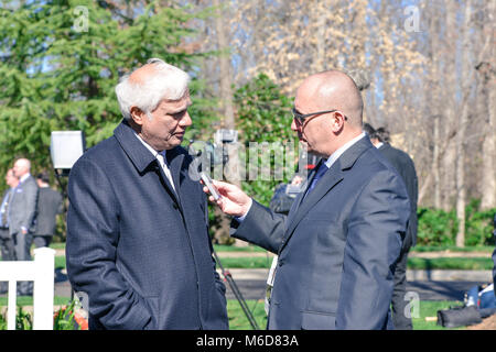 Charlotte, NC, 2 March, 2018. Ravi Zacharias speaks with reporter prior to Billy Graham funeral. He is a Gold Medallion - Stock Photo