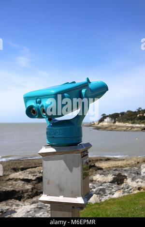 Coin-Operated Binoculars At Seaside Stock Photo: 96030934 ...