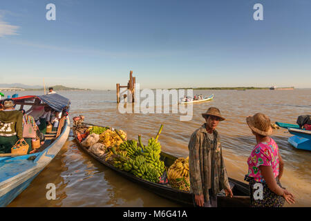 Mawlamyine (Mawlamyaing, Moulmein): ferry boat, banana cargo boat, Thanlwin (Salween) River, , Mon State, Myanmar - Stock Photo