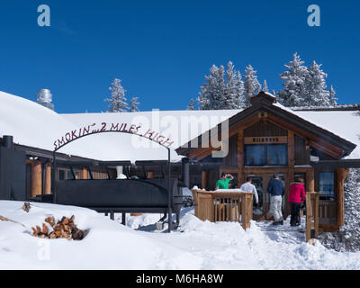 Wildwood day lodge and barbecue restaurant, winter, Vail Ski Resort, Vail, Colorado. - Stock Photo