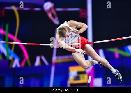 Birmingham, UK. 4th Mar, 2018. Piotr Liske (POL) in Men's Pole Vault Final during IAAF World Indoor Championships - Stock Photo