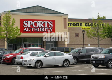Commack, NY - May 22, 2016: Sports Authority store closing inventory liquidation after company files for chapter - Stock Photo
