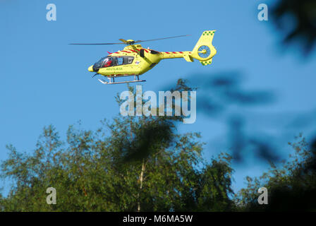Airbus Helicopters H135 of Norsk Luftambulanse in Givskud, Denmark. August 8th 2015 © Wojciech Strozyk / Alamy Stock - Stock Photo