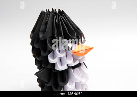 3d Origami Penguin Manchot Animal Stock Photo 176252755 Alamy