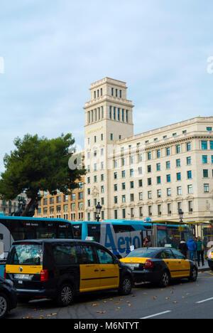 Taxis, aerobus, Placa de Catalunya. Barcelona, Catalonia, Spain - Stock Photo