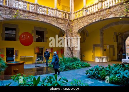 ACA, Portada del Archivo de la Corona de Aragon, Palau del Lloctinent, Placa se Sant Iu, Barri Gotic, Barcelona, - Stock Photo