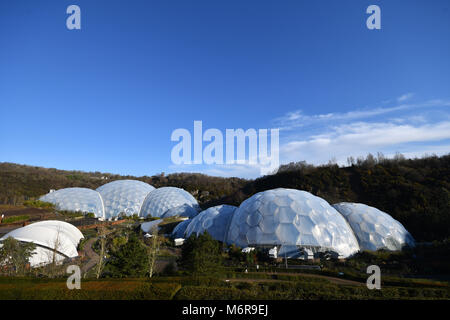 Eden Project, Cornwall, UK. 6th March 2018. UK Weather. After an overnight frost it was clear blue skies over the Eden project - ahead of todays Human Centered Space Conference, Credit: Simon Maycock/Alamy Live News Stock Photo