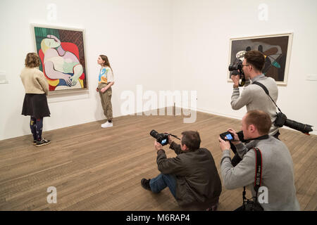 London, UK. 6th March, 2018. 'Picasso 1932 - Love, Fame, Tragedy' exhibition opens at the Tate Modern gallery. Showcasing - Stock Photo