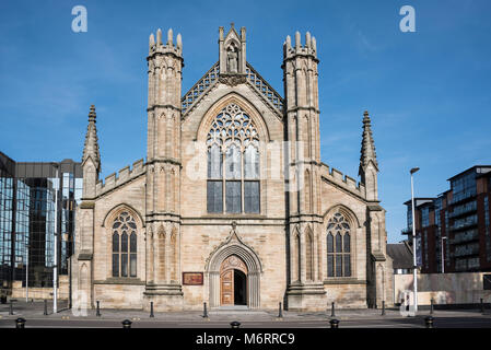 Syt Andrews metropolitan cathedral in Glasgow - Stock Photo