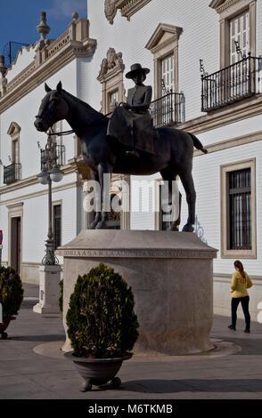 Sevilla, Reiterstandbild. Doña María de las Mercedes Christina Genara Isabel Luísa Carolina Victoria de Borbón y - Stock Photo