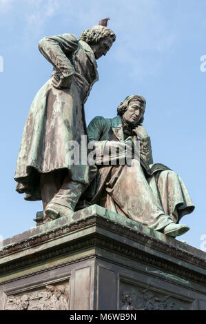 Hanau, Gebrüder Grimm Denkmal, Hessen, Deutschland, Europa - Stock Photo