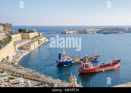 Valletta, Malta - November 8, 2015: View of Valletta from the Upper Barrakka Gardens, with the Grand Harbour looking - Stock Photo