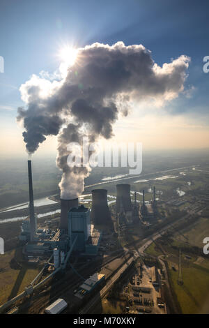 RWE Power AG, Gersteinwerk power plant, coal-fired power plant with, exhaust cloud, on the Lippe in Werne. Emissions, - Stock Photo
