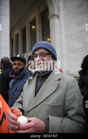 Yarlswood, Manchester. 8th Mar, 2018. On International Women's Day a vigil is held to show support for men and women - Stock Photo