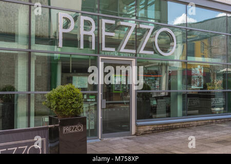 Front of the Prezzo restaurant is St. Austell, Cornwall, soon after Prezzo announced it was having financial troubles - Stock Photo