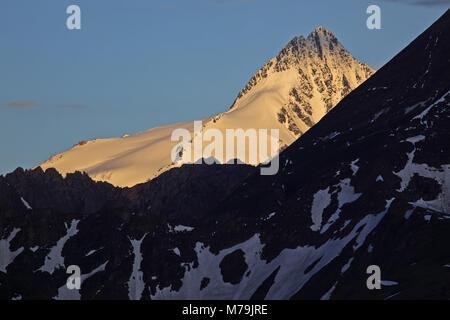Austria, Tyrol, Hohe Tauern, High Tauern National Park, Grossglockner high alpine road, Grossglockner, - Stock Photo