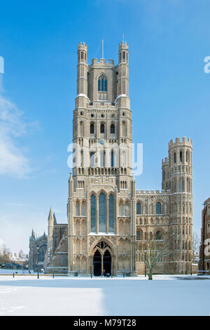 View of the west front of Ely Cathedral in the snow, Ely, Cambridgeshire, England - Stock Photo