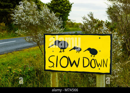 Kiwi warning sign on Waire Road near Kerikeri, North Island, New Zealand - Stock Photo