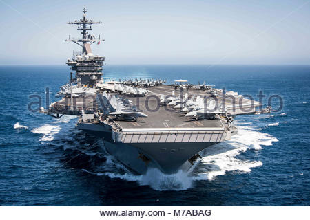 PACIFIC OCEAN (April 30, 2017) The aircraft carrier USS Theodore Roosevelt (CVN 71) transits the Pacific Ocean while - Stock Photo