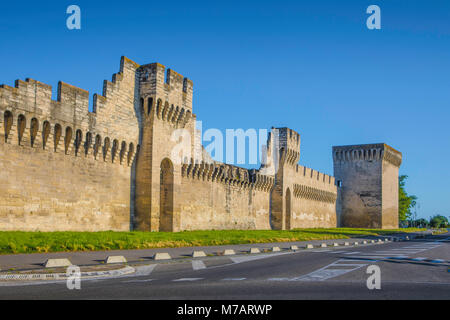 France, Provence region, Avignon city,, the walls of Avignon - Stock Photo