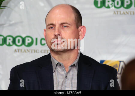 Atlantic City, NJ, USA. 8th Mar, 2018. Alabama - Birmingham coach, Bill Clark was awarded The Thomas Brookshier - Stock Photo