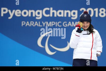 Pyeongchang, South Korea. 10th Mar, 2018. 10 March 2018, South Korea, Pyeongchang: Marie Bochet of France with her - Stock Photo