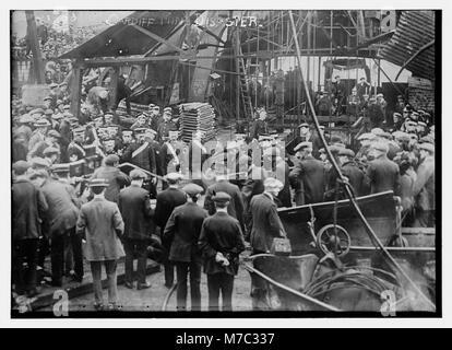 Cardiff mine disaster LCCN2014694503 - Stock Photo