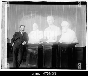 Moses Wainer Dykaar and bust of Marshall, Clark, & Maxim (...) LCCN2016827796 - Stock Photo