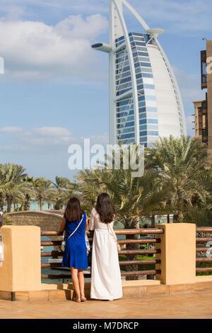 Female tourists at Madinat Jumeirah Dubai UAE - Stock Photo