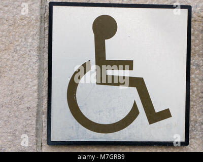 Wheelchair access sign for disabled - Stock Photo