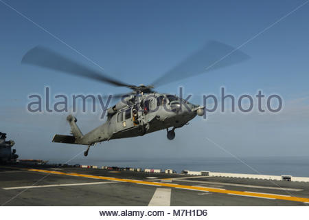 Sikorsky MH-60R Sea Hawk. OCEAN (May 10, 2017) An MH-60R Sea Hawk helicopter assigned to the America Amphibious - Stock Photo