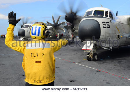 Grumman  Northrop Grumman C-2A Greyhound. ATLANTIC OCEAN (Sept. 16, 2017) Aviation Boatswain's Mate (Handling) 3rd - Stock Photo