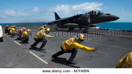 McDonnell Douglas (now Boeing) AV-8B Harrier. CORAL SEA (Aug. 22, 2017) An AV-8B Harrier assigned to the ÒTomcatsÓ - Stock Photo