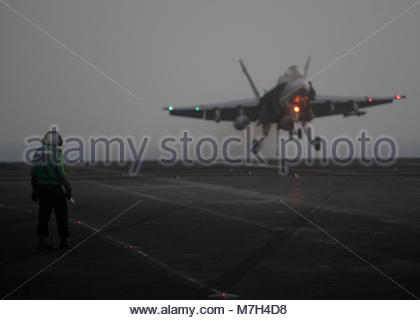 """McDonnell Douglas FA-18C Hornet. ARABIAN GULF (Oct. 9, 2017) An F/A-18C Hornet, from the """"Death Rattlers"""" of Marine - Stock Photo"""