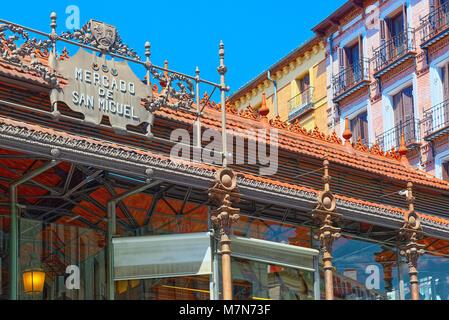 Market of San Miguel (Spanish: Mercado de San Miguel) is a covered market located in Madrid, Spain. Originally built - Stock Photo