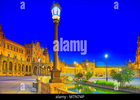 Spain Square (Plaza de Espana)is a square in the Maria Luisa Park, in Seville, Spain, built in 1928 for the Ibero - Stock Photo
