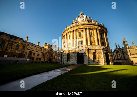 Radcliffe camera is a building of Oxford University, England, designed by James Gibbs in neo-classical style and - Stock Photo