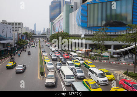 Traffic in the centre of Bangkok, Thailand - Stock Photo