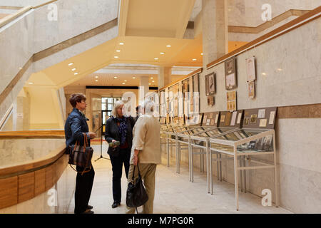 St. Petersburg, Russia - September 18, 2015: Chief bibliographer of Institure of History Elena Panchenko talks with - Stock Photo