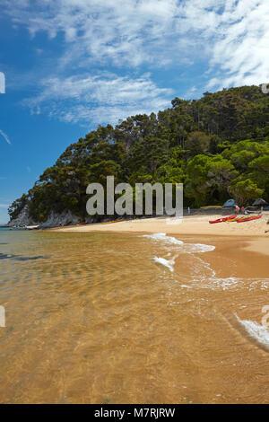 Observation Beach Campsite, Abel Tasman National Park, Nelson Region, South Island, New Zealand - Stock Photo