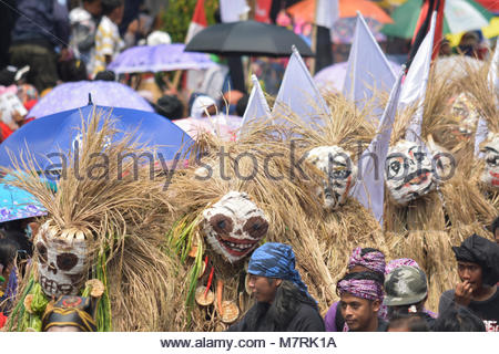 Karawang, West Java. Indonesia, 11 March. The Performance of Scarecrows dancers as a symbol of acculturation between - Stock Photo