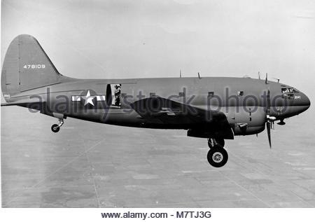 Curtiss C-46D-15-CU Commando (sn 44-78109) Notice both paratroop doors are. - Stock Photo