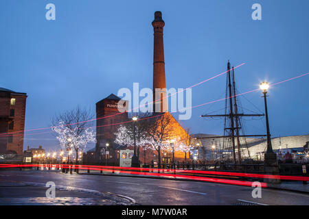 Albert Dock; Liverpool; Merseyside. 13th March 2018. UK Weather; Calm; damp; overcast start to the day. Continuous - Stock Photo