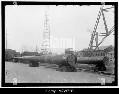 NAVY YARD, U.S., WASHINGTON. 14 INCH GUNS, READY TO GO TO PROVING GROUND LCCN2016868714 - Stock Photo